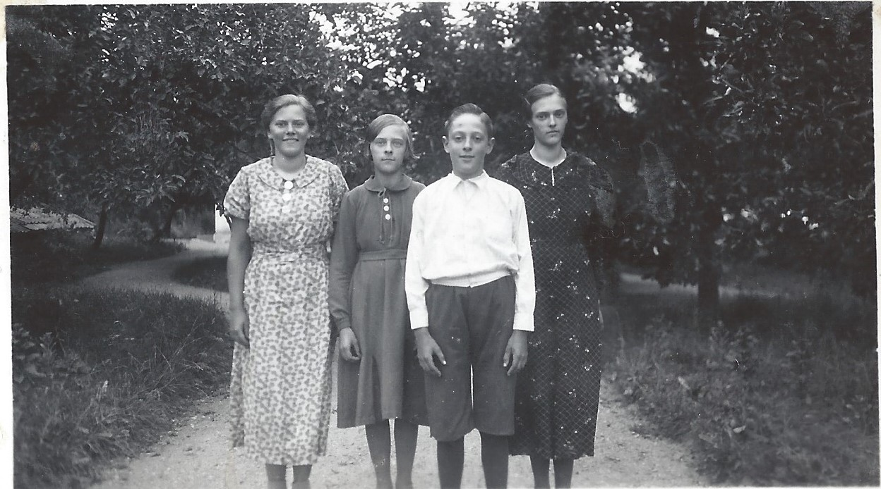 syskonen Andersson ca 1937